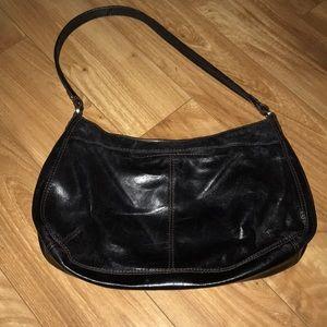HOBO Bags - Hobo style HOBO international purse